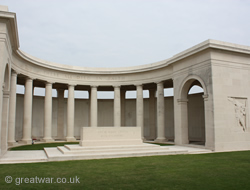 Cambrai Memorial to the Missing, Louverval