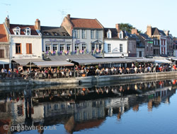 Amiens restaurants on the Somme River.