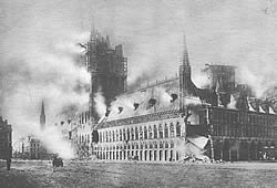 German artillery shelling of the Cloth Hall, causing damage so some buildings in Ypres, began in November 1914. The start of the demolition of the historic buildings in the heart of the town came in mid April 1915.