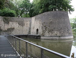 Curtain wall, Ypres/Ieper ramparts.