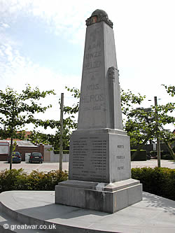 War Memorial in Zandvoorde village.